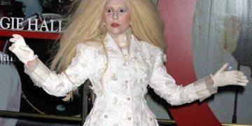 Lady-Gaga-Glamour-Women-of-the-Year